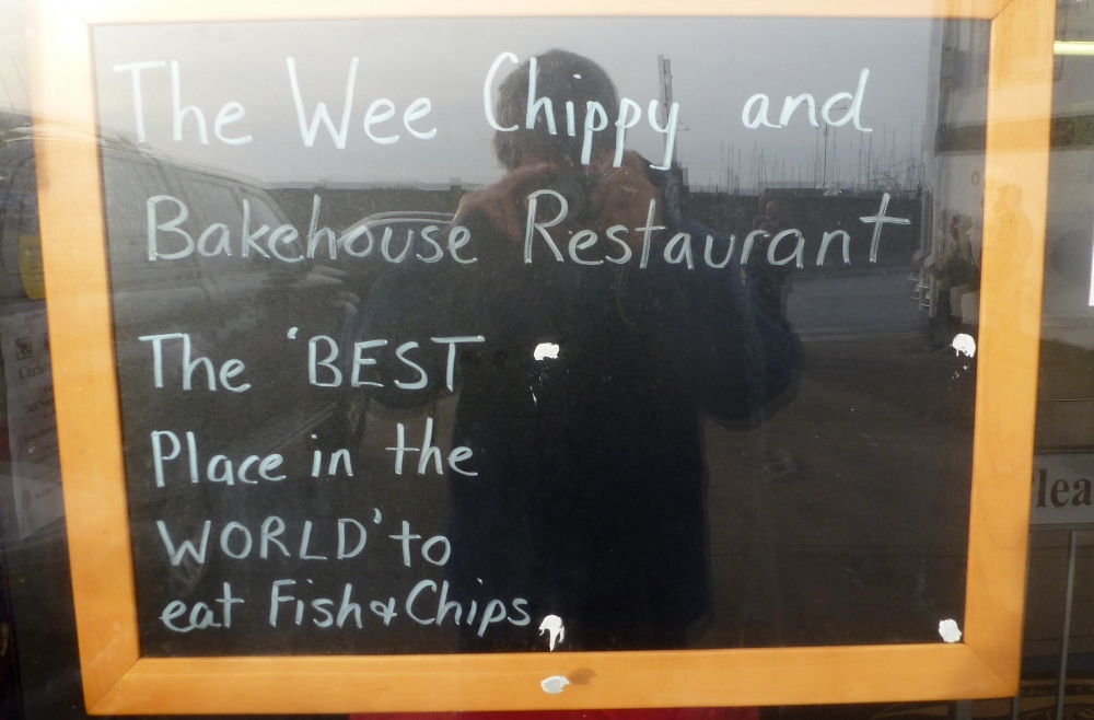 Wee chippy sign
