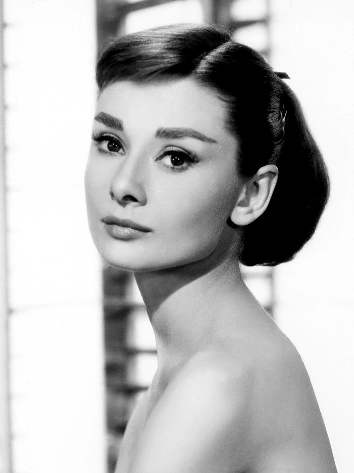 google doodle audrey hepburn why evolution is true. Black Bedroom Furniture Sets. Home Design Ideas