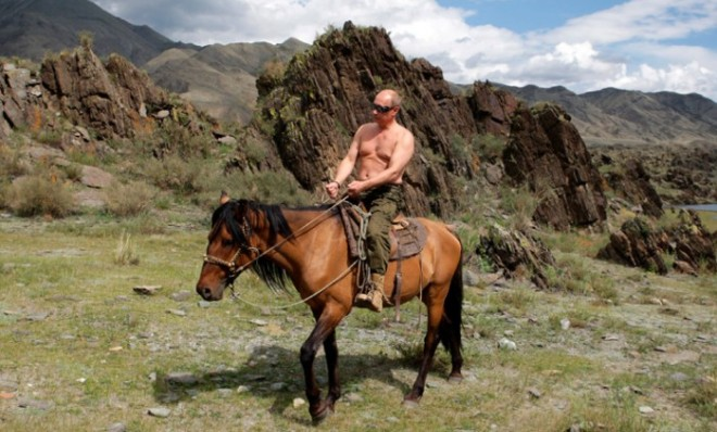 Russians: this is your leader. Putin topless on horseback (. REUTERS/RIA Novosti/Pool/Alexei Druzhinin)