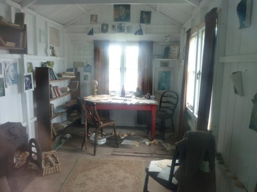 writing-shed-interior