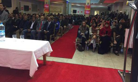 Segregated-seating-at-rally-574616
