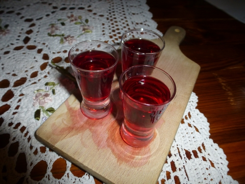 28. Strawberry cordial