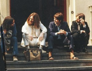 the_beatles_abbey_road_album_cover_photo_session-3