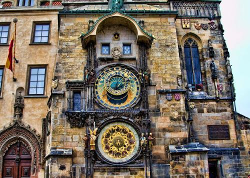 prague-clock-tower