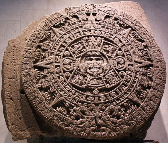 1479_stein_der_fu%cc%88nften_sonne_sog-_aztekenkalender_ollin_tonatiuh_anagoria